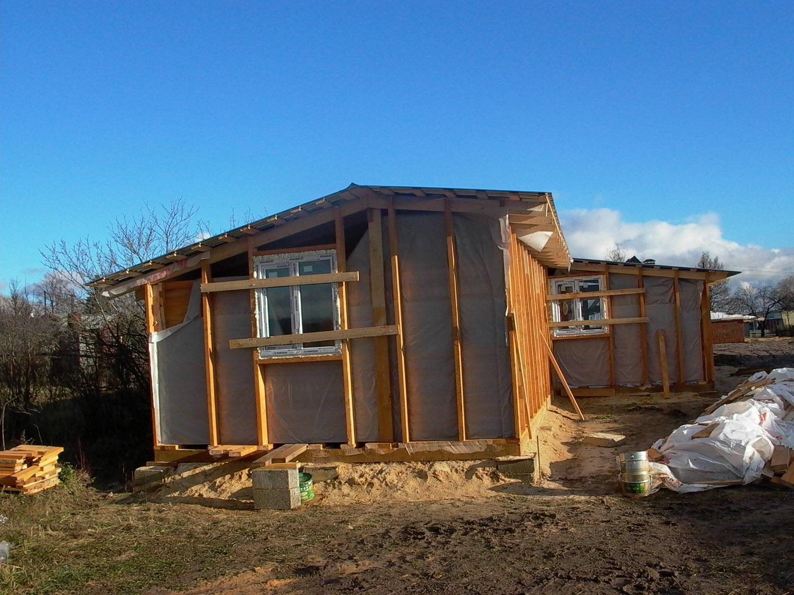 Как построить дом экономно своими руками